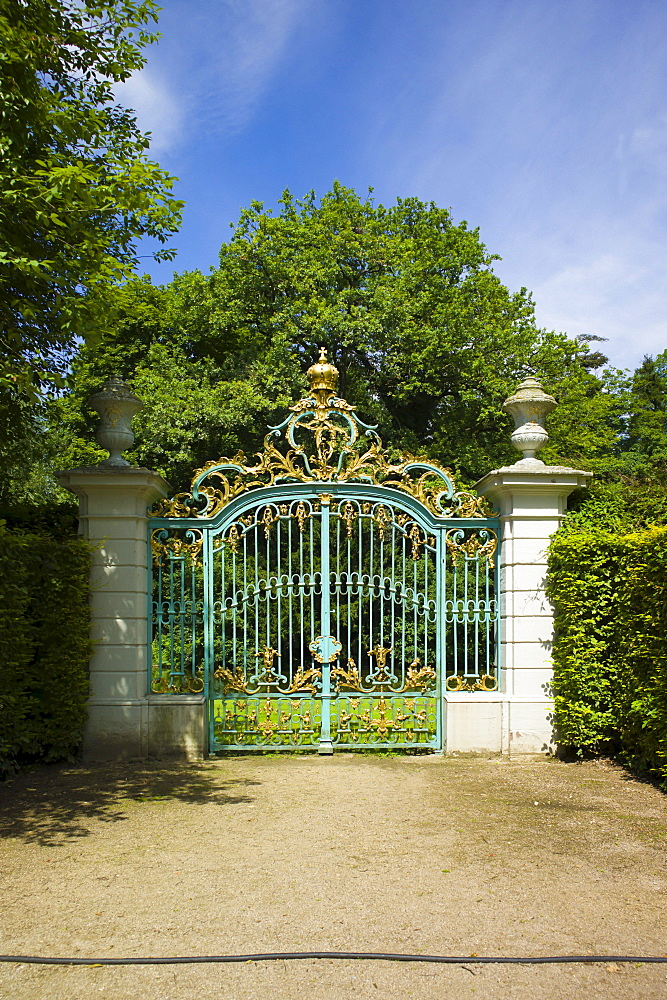 Wrought iron gate in the baroque gardens of Schloss Schwetzingen, or Schwetzingen Castle, Schwetzingen, Baden-Wuerttemberg, Germany, Europe