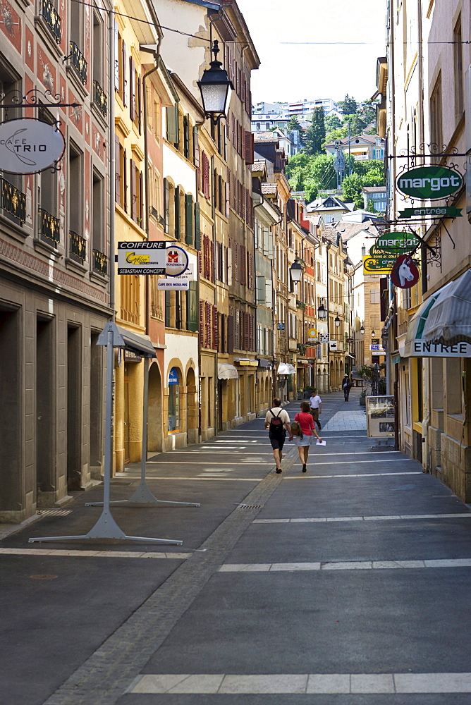Tourists in the old town of Neuchatel, Canton Neuchatel, Switzerland, Europe