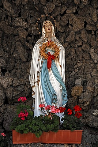 Virgin Mary in a grotto outside the Church of St. George, Kirchplatz, Boebing, Upper Bavaria, Germany, Europe