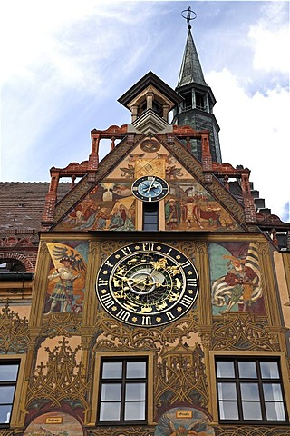 Town hall tower and Astronomical Clock, 1581, city hall, Marktplatz 1, Ulm, Baden-Wuerttemberg, Germany, Europe