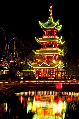 The Chinese Tower in Tivoli with Christmas decoration, Copenhagen, Denmark, Europe