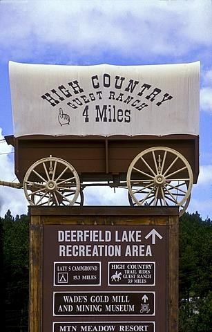 Sign of recreation area, Deerfield Lake, Dakota, USA