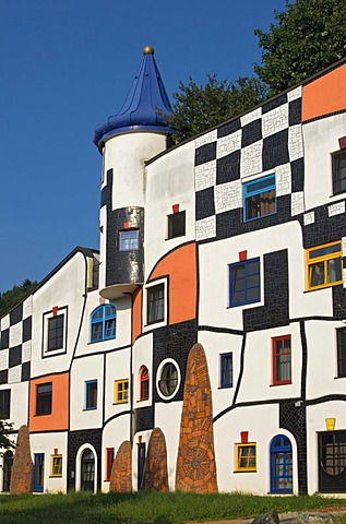 Kunsthaus, Art House of the Rogner Bad Blumau hotel complex, designed by architect Friedensreich Hundertwasser, in spa town Bad Blumau, Styria, Austria, Europe