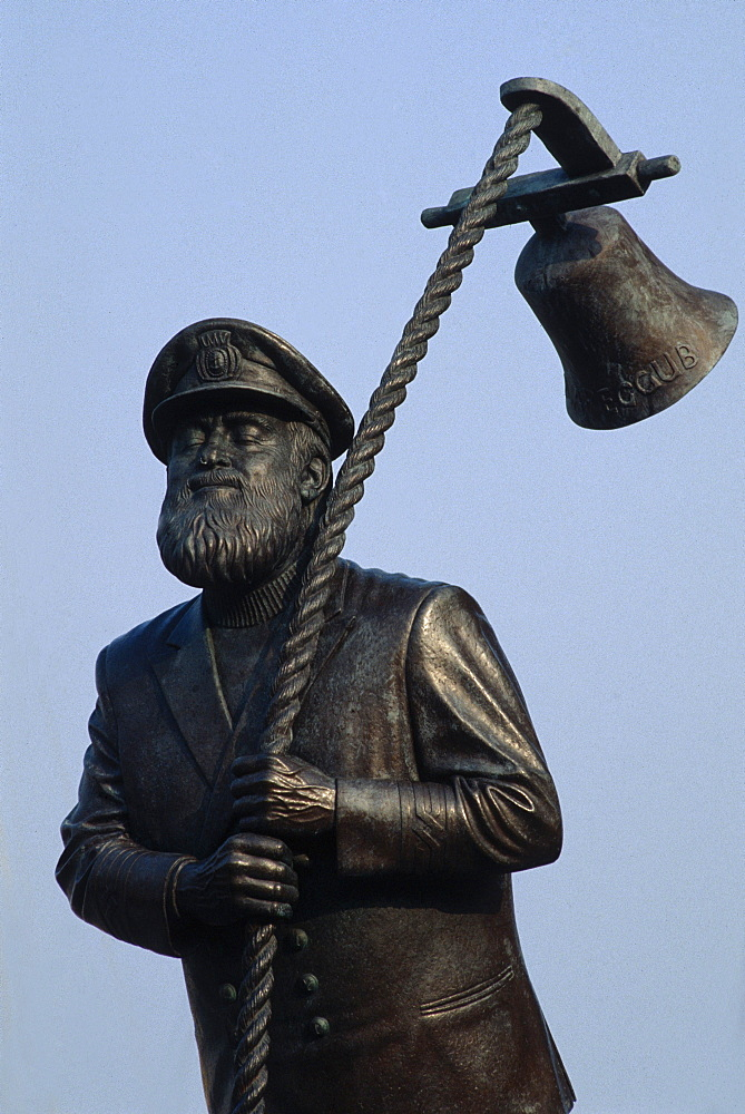 Statue of Captain Cat, character in a novel written by Dylan Thomas, Swansea, Wales, United Kingdom, Europe