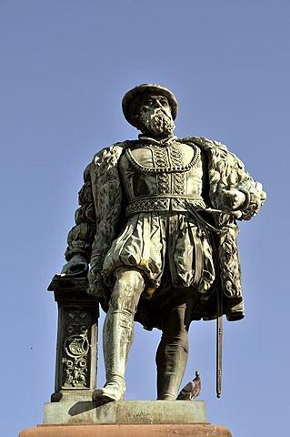 Christopher, Duke of Wurttemberg, monument on the Schlossplatz in Stuttgart, Baden-Wuerttemberg, Germany, Europe