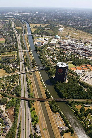 Aerial view, former steelwork grounds, Neue Mitte Oberhausen commercial development area, Centro shopping mall, marina, water park, Rhine-Herne Canal, Emscher river, A42 motorway, Oberhausen, Ruhrgebiet area, North Rhine-Westphalia, Germany, Europe