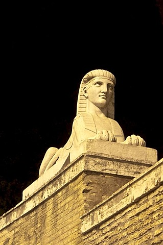 One of the statues of Sphinx by Filippo Ceccarini, ca. 1824, by night, Piazza del Popolo, Rome, Italy, Europe