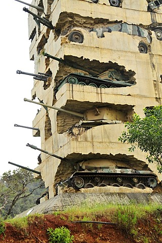 Tank Monument, commemorating the Lebanese Civil War 1975-1990, Beirut, Lebanon, Middle East, Asia