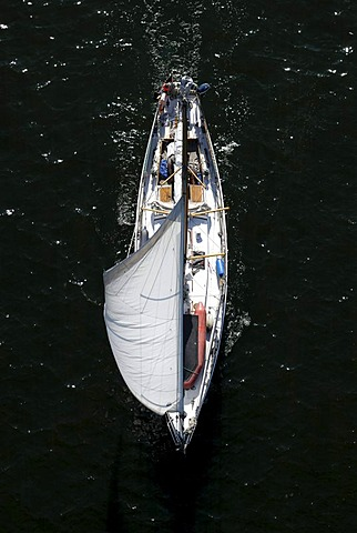 Sailing boat, bird's eye view