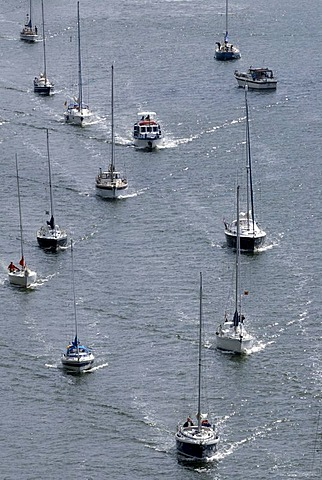 Sailing boats, pleasure craft traffic on Kiel Canal, Schleswig-Holstein, Germany, Europe