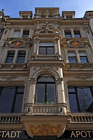 Multi-storey oriel on an Art Nouveau facade of 1898, Gernsbacher Strasse 2, Baden-Baden, Baden-Wuerttemberg, Germany, Europe