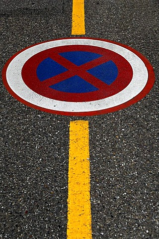 No parking sign with a yellow border line on a road, Ingersheim, Alsace, France, Europe
