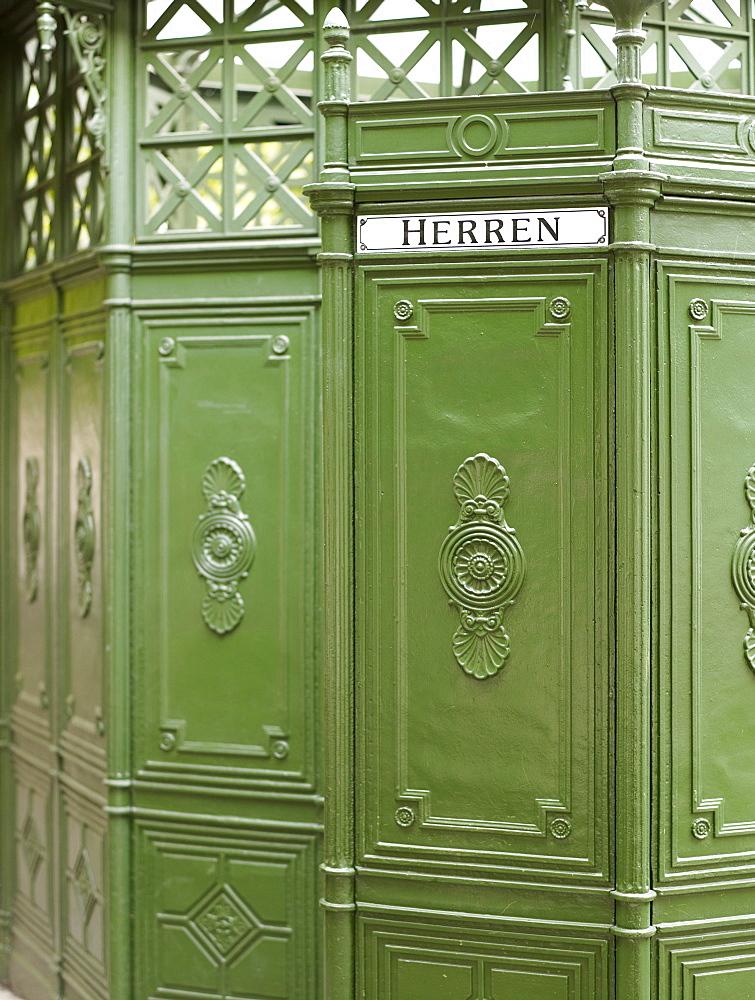 Stylish, antiquated Berlin toilet hut, Berlin, Germany, Europe