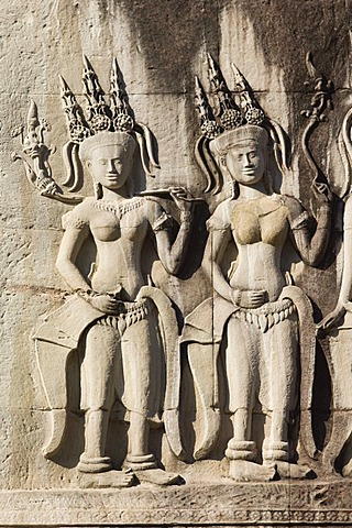Relief of Apsara dancers, Angkor Wat Temple, Angkor temples, Siem Reap, Cambodia, Indochina, Southeast Asia