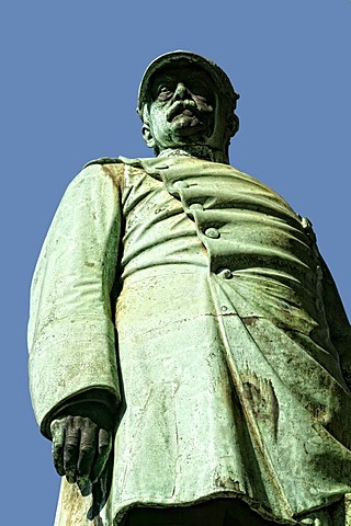 Bismarck monument next to the Johanneskirche church, Duesseldorf, North Rhine-Westphalia, Germany, Europe