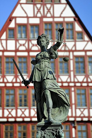 Lady Justice, Goddess of Justice, statue on the Fountain of Justice, Gerechtigkeitsbrunnen fountain, in the middle of the Roemerberg square in the old town of Frankfurt am Main, Hesse, Germany, Europe