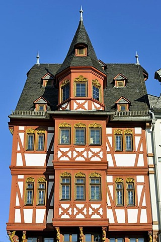 Reconstructed half-timbered house in the Eastern row of the Roemerberg square or Samstagsberg square, Frankfurt am Main, Hesse, Germany, Europe