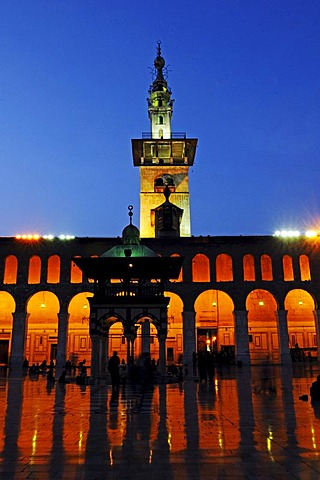 Dusk after sunset, in the courtyard of the Umayyad Mosque in Damascus, minaret in the back, Syria, Middle East, Asia