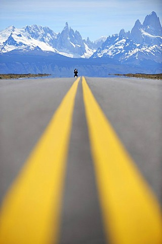 Road with markings, El Chalten, Andes, Patagonia, Argentina, South America