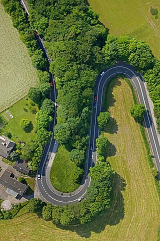 Aerial view, double bend, Kuhlendahler Strasse Road, Neviges, Velbert, Ruhrgebiet region, North Rhine-Westphalia, Germany, Europe