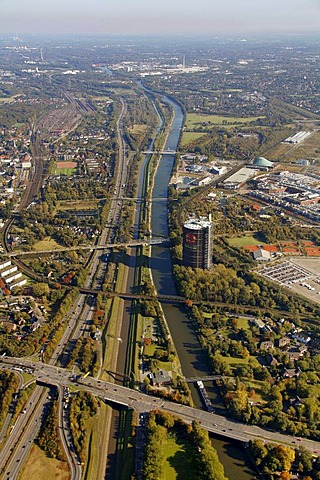 Aerial shot, Emscher Gasometer, A42 motorway, Rhine-Herne Canal, Oberhausen, North Rhine-Westphalia, Germany, Europe
