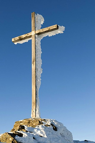 Icy summit cross on the Grosser Arber, 1456m, Bavarian Forest Nature Park, Bavaria, Germany, Europe