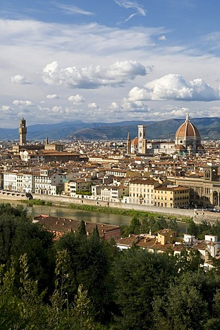 City view with the Duomo or Santa Maria del Fiore cathedral, view from Mount all Croci, Florence, Tuscany, Italy, Europe