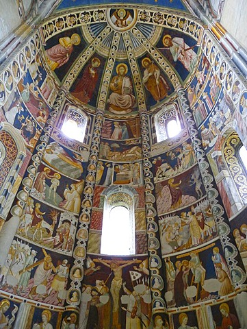 Apse with frescoes, Basilica of Sant 'Abbondio, Como, Lombardy, Italy, Europe