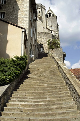 Steep stairs, fortified cliff town Rocamadour, Departement Lot, Midi-Pyrenees, France, Europe
