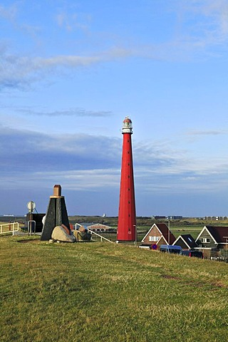 Dike, sculpture, Lange Jaap Lighthouse, Kijkduin, Den Helder, province of North Holland, Netherlands, Europe