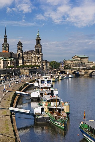 Excursion boat on Bruehl's Terrace, Semper Opera House, Church of the Royal Court, Royal Palace, Dresden, Saxony, Germany, Europe