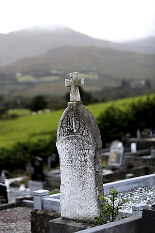 Celtic headstone, cemetry, Sneem, County Kerry, Ireland, Europe
