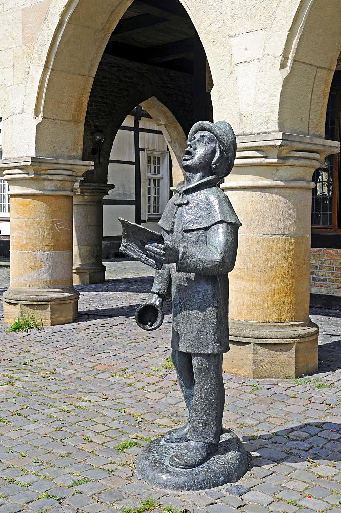 Sculpture, arcades, city hall, Werne, Kreis Unna district, North Rhine-Westphalia, Germany, Europe