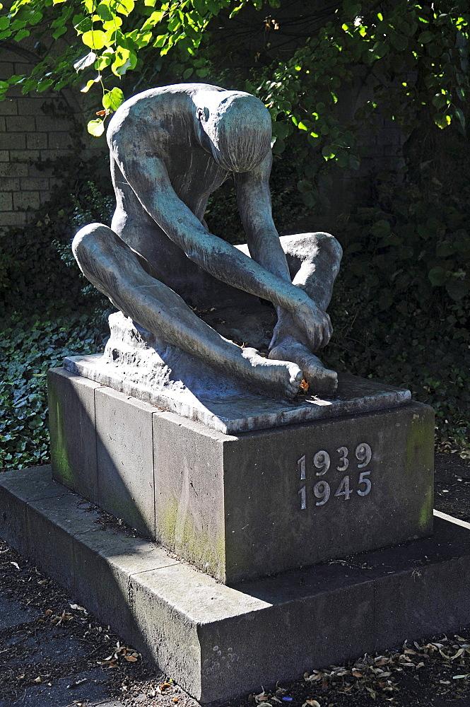 War Memorial, sculpture, Soest, North Rhine-Westphalia, Germany, Europe