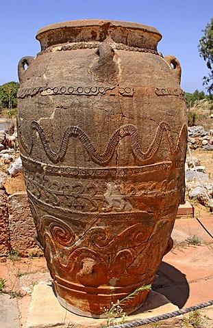 Large clay jar, Malia palace, excavation site, Minoan Palace, Heraklion, Crete, Greece, Europe