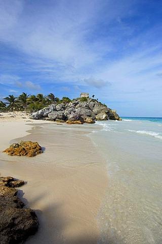 Beach at Mayan ruins of Tulum, 1200-1524, Tulum, Quintana Roo state, Mayan Riviera, Yucatan Peninsula, Mexico