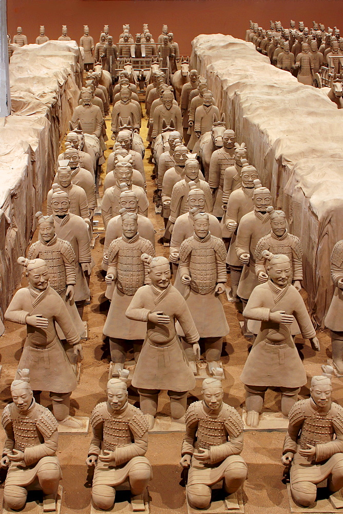 Terracotta army of the first emperor of China, Quin Shi Huang Di, exhibition of replicas in Weilburg, Hesse, Germany, Europe