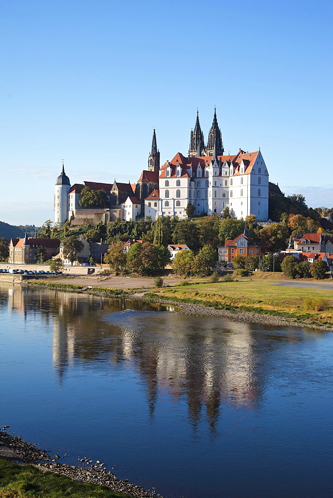 Albrechtsburg castle seen from the opposite side of the Elbe river, the Elbe at very low water, in Meissen, Saxony, Germany, Europe