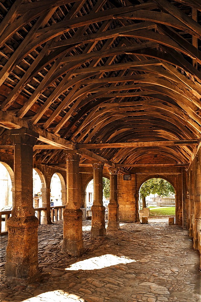 The Old Market Hall with a wooden roof, 1627, High Street, Chipping Campden, Gloucestershire, England, United Kingdom, Europe