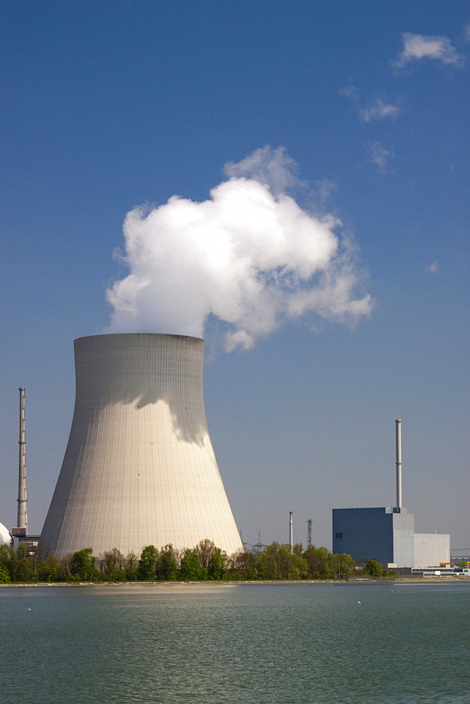 Isar 2 nuclear power plant, Lower Bavaria, Bavaria, Germany, Europe