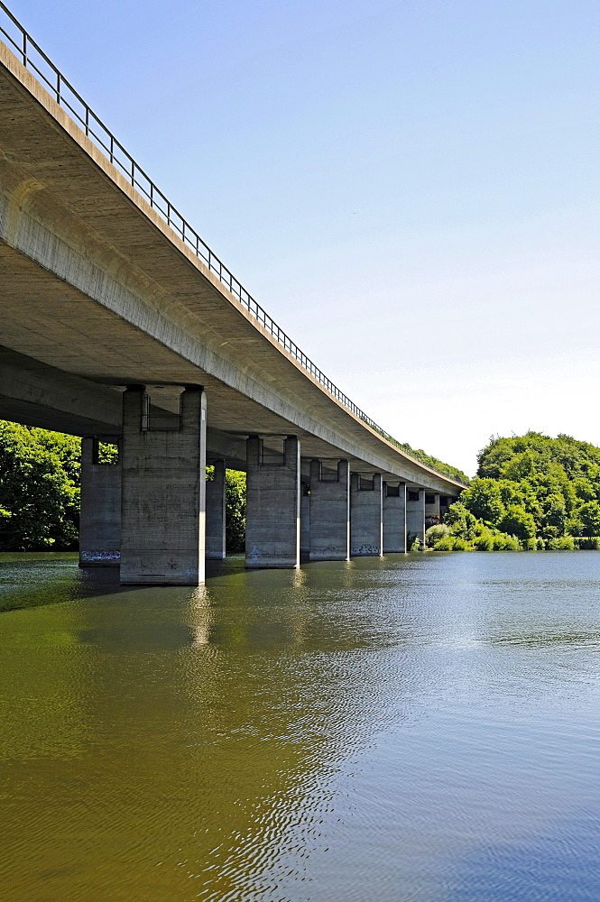 Bridge piers, concrete, highway bridge, Seilersee lake, Callerbachtalsperre reservoir, storage lake, Iserlohn, Sauerland area, North Rhine-Westphalia, Germany, Europe
