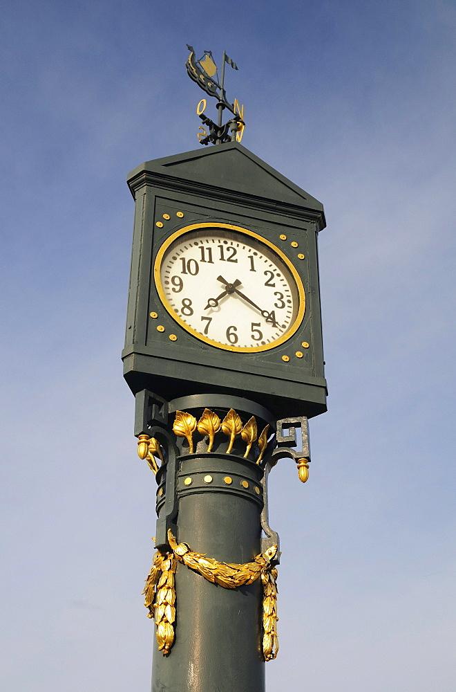 Historic clock on the pier in the Ahlbeck seaside resort, Usedom Island, Mecklenburg-Western Pomerania, Germany, Europe