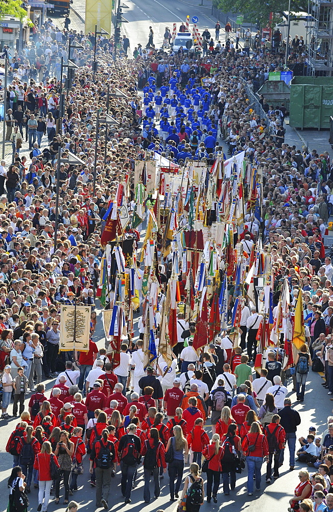 International German Gymnastics Festival 2009 procession, standard-bearers, Frankfurt am Main, Hesse, Germany, Europe