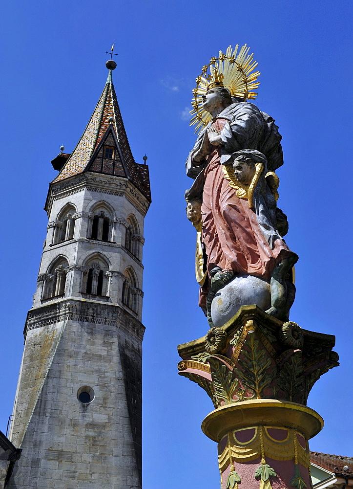 St. Johanniskirche, St. John's church, with Johannisturm belfry, Romanesque, Marienbrunnen fountain, Schwaebisch Gmuend, Baden-Wuerttemberg, Germany, Europe