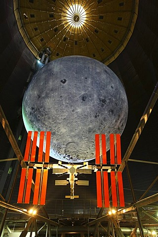 Model of the Iss, International Space Station, and the Moon, Out of this World ? Wonders of the Solar System, exhibition in the Gasometer, a former gas tank, Oberhausen, Ruhr Area, North Rhine-Westphalia, Germany, Europe