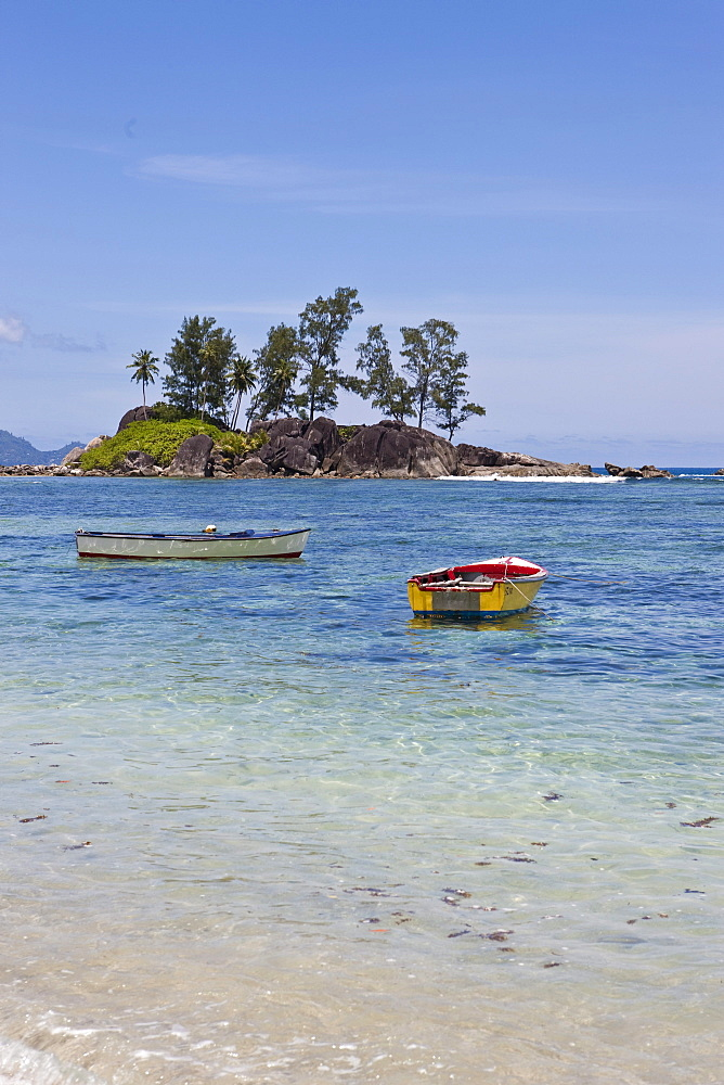 Fishing boats at the Anse L'Islette, Mahe Island, Seychelles, Indian Ocean, Africa