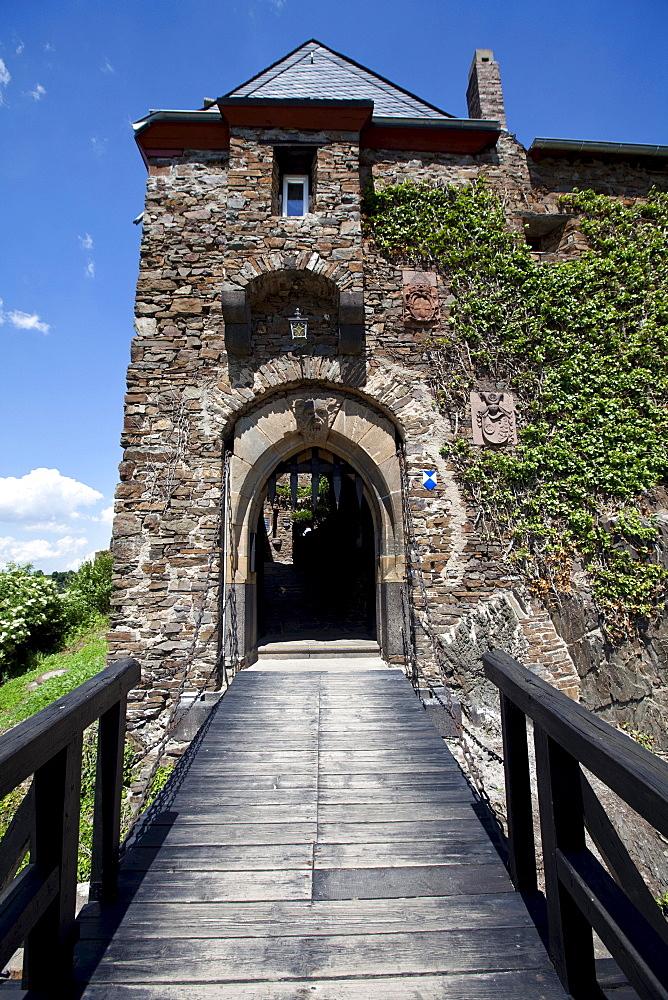 The Burg Thurant castle near the Mosel town of Alken, Alken, Rhein-Hunsrueck-Kreis district, Rhineland-Palatinate, Germany, Europe