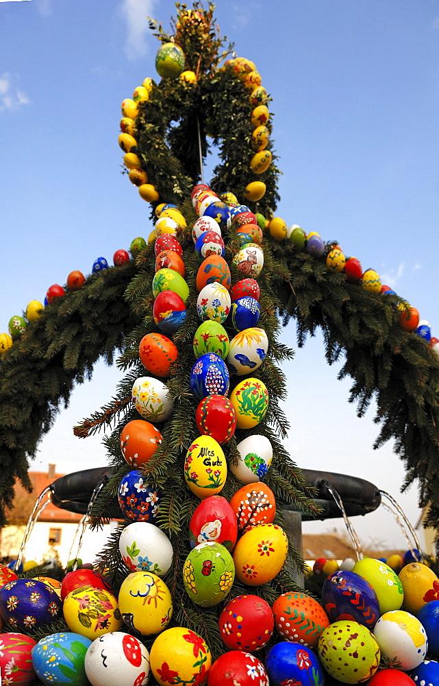 """Easter fountain"", custom in Franconia, Geschwand, Upper Franconia, Bavaria, Germany, Europe"