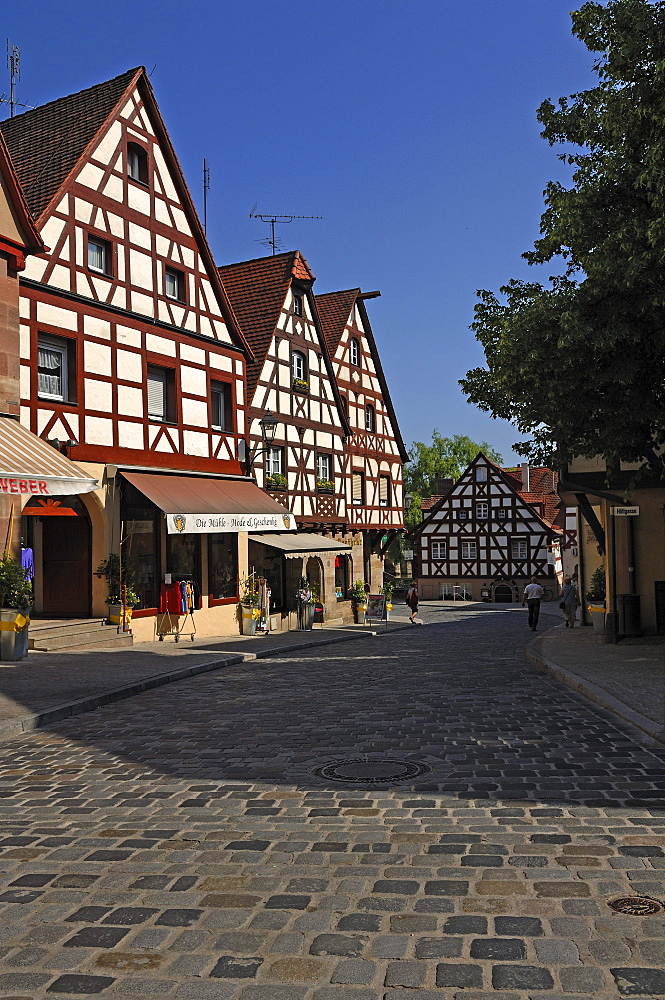 Street with cobblestones and old Franconian half-timbered houses, Lauf an der Pegnitz, Middle Franconia, Bavaria, Germany, Europe
