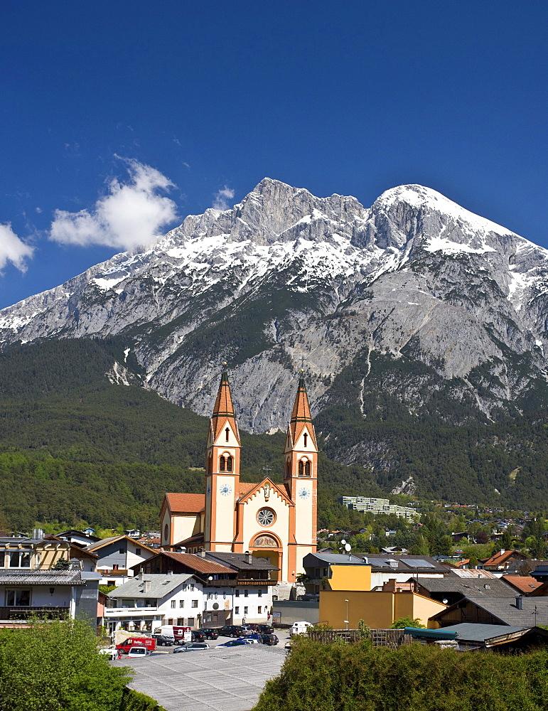 Telfs, Neo-Romanic church of St. Peter and Paul, Mt. Hohe Munde, Mieminger Kette mountain range Tyrol, Austria, Europe